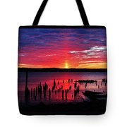 Spectacular Hudson Sunrise Tote Bag