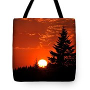 Spectacular Sunset IIII Tote Bag