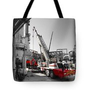 Spindle Extraction Bw Tote Bag