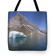 Spitsbergen Islandn Svalbard Norwegian Tote Bag