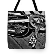 Sprocket And Chain - Black And White Tote Bag