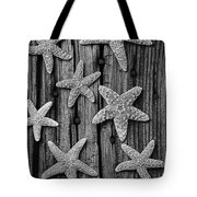Starfish On Old Wood Black And White Tote Bag