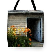 Stone Barn Acanthus Tote Bag