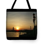 Sundown In Venice Tote Bag