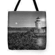 Sunrise At Bug Light Bw Tote Bag by Susan Candelario
