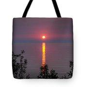 Sunrise On Middle Island Tote Bag