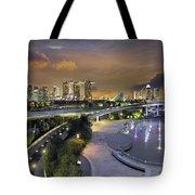 Sunset At Marina Barrage Tote Bag