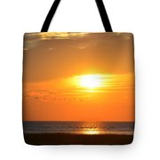 Sunset Over Gray's Beach Yarmouth Cape Cod Tote Bag