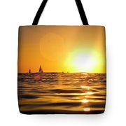 Sunset Over The Water In Waikiki Tote Bag