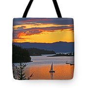 Sunset Sail In The Bay Tote Bag