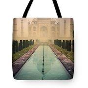 Taj Mahal Predawn Tote Bag