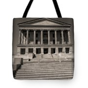 Tennessee Capitol Building Tote Bag