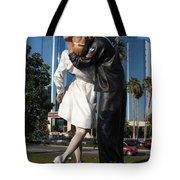 The Kiss - Sailor And Nurse - Sarasota  Tote Bag