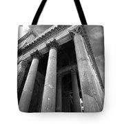 The Pantheon In Rome Bw Tote Bag