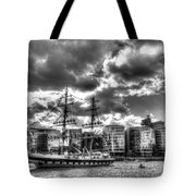 The Stavros N Niarchos London Tote Bag