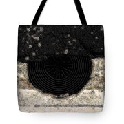 The Sun With Its Rays Tote Bag