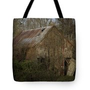 To Be Versed In Country Things Tote Bag