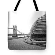 Tower Bridge And London City Hall - Uk Tote Bag