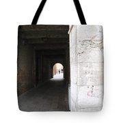 Tunnel In Venice Tote Bag