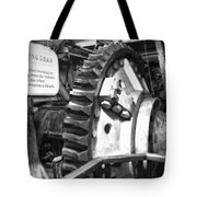 Turning Gear Engine Room Queen Mary Bw Tote Bag