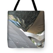 Twisted Glass - 1 Tote Bag