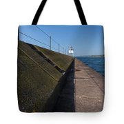 Two Harbors Mn Pier Light 15 Tote Bag