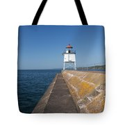 Two Harbors Mn Pier Light 8 Tote Bag