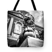 University Of Cincinnati Lion Black And White Picture Tote Bag