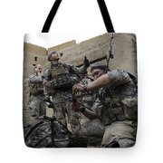 U.s. Army Soldiers Set Up A Tactical Tote Bag