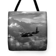 Vickers Wellingtons With 16 Otu Tote Bag