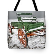Vintage Wagon In The Snow E98 Tote Bag