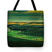 Washington Barn 6 Tote Bag