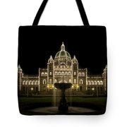 Water Fountain By Parliament Buildings In Victoria Bc Tote Bag