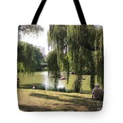 Weeping Willows In Central Park  Tote Bag