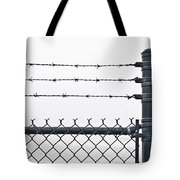 Wet Barbed Wire Fence In Heavy Fog E69 Tote Bag
