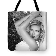 White Linen Bw Palm Springs Tote Bag