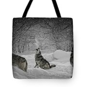 Winters Eve Howling Tote Bag