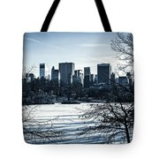 Winter's Touch - Manhattan Tote Bag