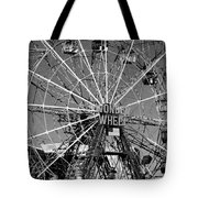 Wonder Wheel Of Coney Island In Black And White Tote Bag