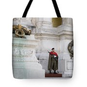 Wreath And Guard At The Tomb Of The Unknown Soldier Tote Bag