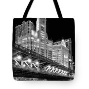 Wrigley Building At Night In Black And White Tote Bag