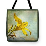 Yellow Asiatic Lilly Iv Tote Bag