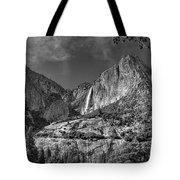 Yosemite Falls - Bw Tote Bag