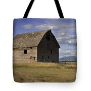 Old Big Sky Barn Tote Bag