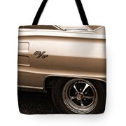 1967 Dodge Coronet Rt Tote Bag