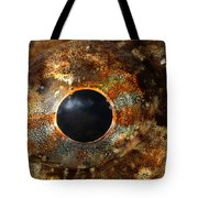 Eye Of Shorthorn Sculpin Tote Bag
