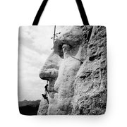 Men Working On Mt. Rushmore Tote Bag