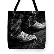 20120928_dsc00448_bw Tote Bag