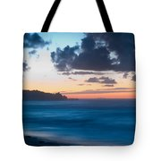 A Beach During Sunset With Glowing Sky Tote Bag