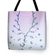 Fluid Fishbone Effect Tote Bag